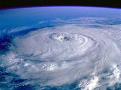 Ученые смогут управлять ураганами и изменять их маршруты