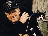 The Times: дорогу Хиллари Клинтон к президентству может перейти кот, от которого она когда-то избавилась