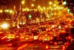 В Британии официально разрешили использовать обочину для дорожного движения