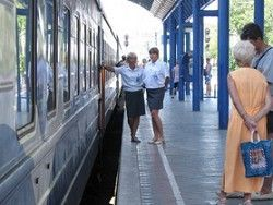 """""""Укрзалізниця """" намерена с ноября ввести корректировку количества вагонов в поезде в зависимости от количества..."""