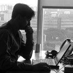 Три четверти россиян считают нормой работать сверхурочно