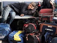 Возмущенные задержкой рейса россияне устроили драку в аэропорту Туниса