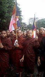 В Мьянме опять неспокойно: на улицы вновь выведены войска