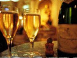Жерар Депардье представил в Москве свои анжуйские вина