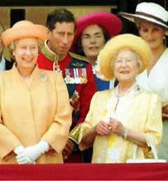 Британскую королевскую семью шантажировали пикантным видео