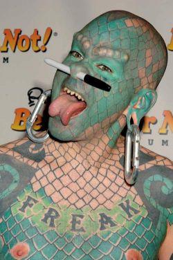 Даже временные татуировки опасны для здоровья