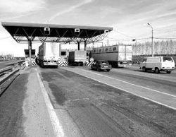 Закон описывает механизм использования автомобильных дорог на платной основе