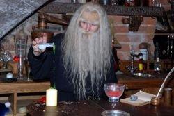 В Риге открылся магический бар Riga Black Magic (фото)