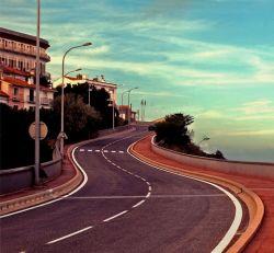Во Франции перестанут строить новые дороги