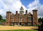 Опубликован список десяти самых известных британских замков с привидениями