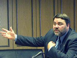 Как глава ФАС Игорь Артемьев совмещает министерскую должность с членством в оппозиционной партии