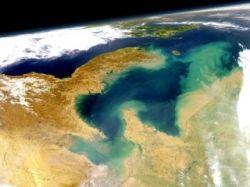 """В Желтом море затонуло китайское судно \""""Шэньхай-1\"""" с 16 членами экипажа"""