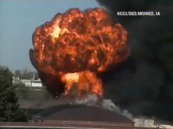 На химическом заводе в США взорвались емкости с химикатами, возник пожар