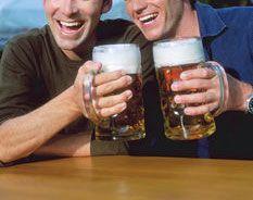 Совет Федерации хочет запретить российским мужчинам пить на рабочем месте