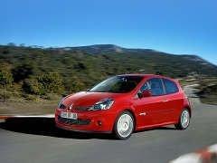 На российские дороги скоро выйдет Clio Renault Sport