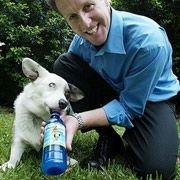 Мясной напиток для собак стал хитом продаж (видео)