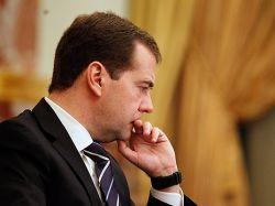 Дмитрий Медведев перевел стрелки с дорогих часов на модные