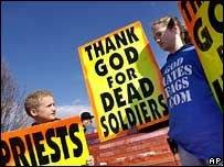 США: церковь против геев оштрафована на $10,9 миллионов