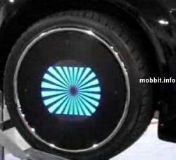 Автомобильные диски со встроенными LED-дисплеями (видео)