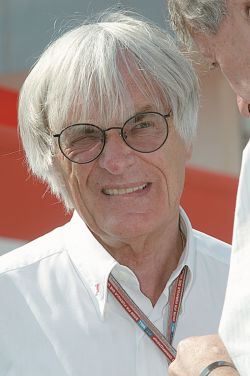 """Владелец \""""Формулы-1\"""" Берни Экклстоун продает богатейшую коллекцию автомобилей"""