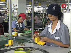 Китай запретил экспортировать игрушки 700 своих фабрик