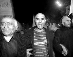 Революция гвоздей в Тбилиси: оппозиция планирует собрать на акцию протеста 100 тыс. недовольных