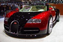 Bugatti Veyron - второй в рейтинге скоростных автомобилей