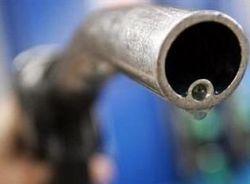 В Китае вчера дрались в очередях за бензином