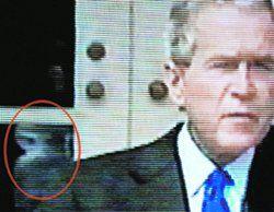 Телекамеры запечатлели пришельца за спиной Джорджа Буша (видео)