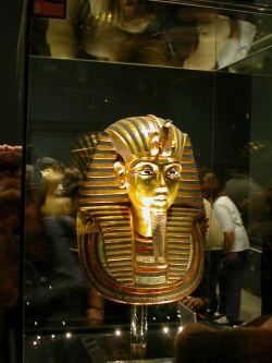 Тутанхамона вернут в его гробницу