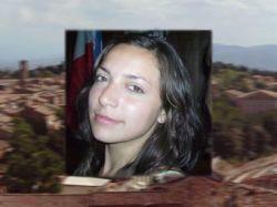 Итальянская полиция использует портал Facebook для поиска убийцы Мередит Керчер