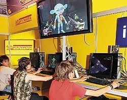 Решая проблему массовой компьютеризации школ, взрослые забыли о реальных угрозах виртуального мира