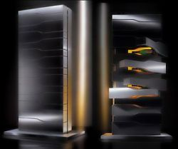Для хранения шампанского Porsche Design Studio и Veuve Clicquot азработали специальные холодильники