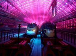 Елизавета II открыла отремонтированный вокзал Сент-Панкрас для скоростных поездов Eurostar