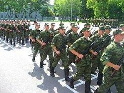 Срок службы в армии планируется увеличить до 1,5 лет