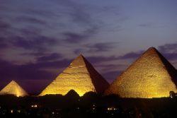 Египет ограничивает поток туристов из России