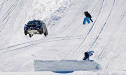 Пилот Subaru Кен Блок прыгнул с горнолыжного склона на Impreza STi