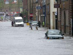 Нескольким районам Британии угрожает наводнение
