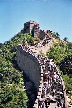 Нелегальные старатели разрушили часть Великой китайской стены