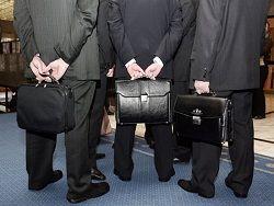 Средняя зарплата чиновника - 60 тысяч рублей