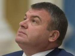 Новость на Newsland: Сердюкову никто не пишет. И не шлет повесток