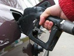 Как вы думаете, почему в России дорогой бензин?