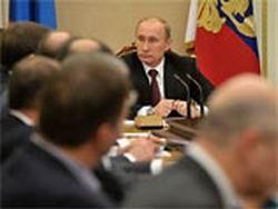 Коррупционные скандалы замыкаются на человеке, близком к Путину