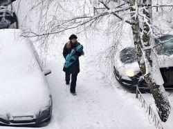 Водители оказались в снежном плену