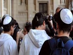 Что общего между антисемитизмом и запахом тела?