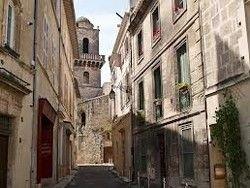 Древние здания предложили защищать оливковым маслом