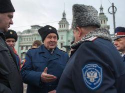 Почти половина россиян одобрила казачьи патрули