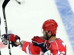 В КХЛ состоялось еще одно противостояние Москвы и Петербурга