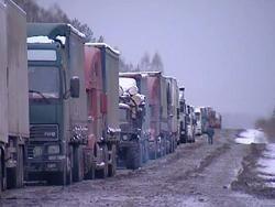 Собянин запретил дневное движение грузовиков по МКАД с 1 марта