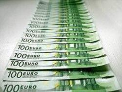 Средняя зарплата в Москве должна быть 2000 евро